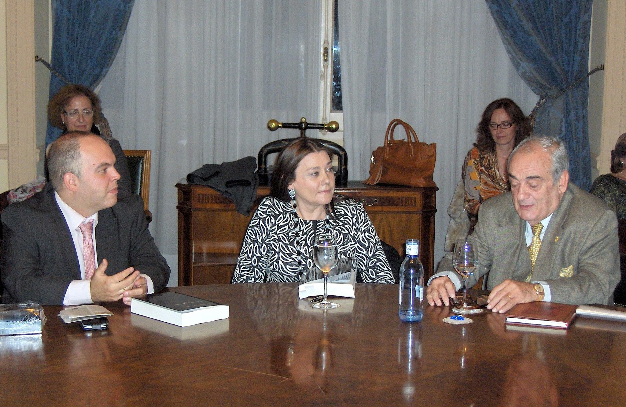 con María L. Mora y Alfredo Gomez Ugarte